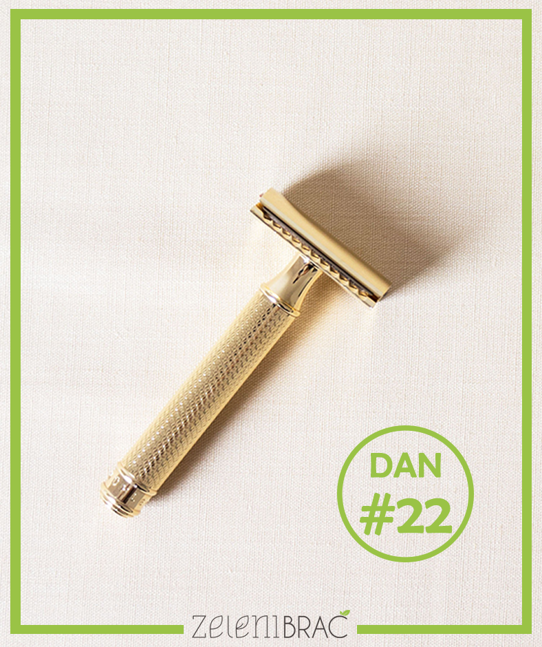 DAY # 22 | USE THE STAINLESS STEEL RAZOR
